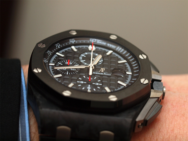 Audemars Piguet Royal Oak Offshore Chronograph 26400AU.OO.A002CA.01 OnHand Side Zoom