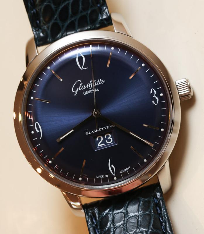 Glashutte-Original-Senator-Sixties-Panorama-Date-blue-9