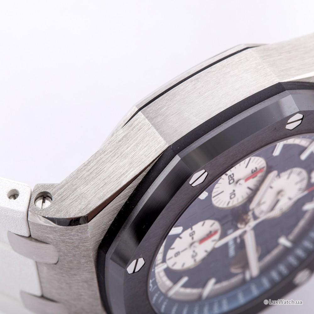 Audemars-Piguet-Royal-Oak-Offshore-Chronograph-44mm-26401PO-OO-A018CR-01- 13