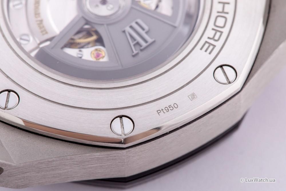 Audemars-Piguet-Royal-Oak-Offshore-Chronograph-44mm-26401PO-OO-A018CR-01- 18