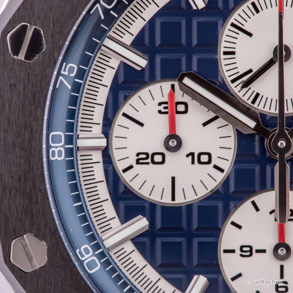 Audemars-Piguet-Royal-Oak-Offshore-Chronograph-44mm-26401PO-OO-A018CR-01- 25