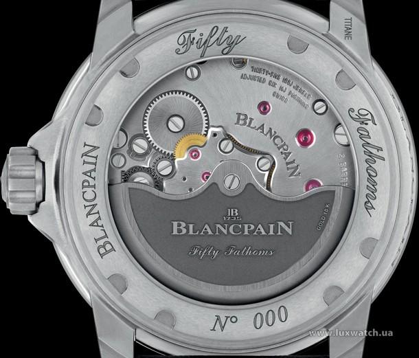Blancpain-Fifty-Fathoms-Automatique-5015-Titanium-3