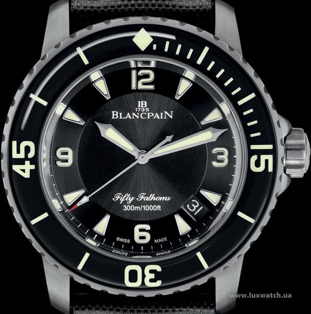 Blancpain-Fifty-Fathoms-Automatique-5015-Titanium-4