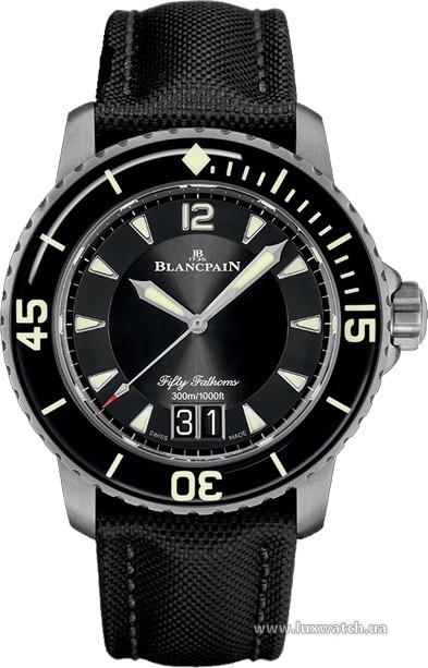 Blancpain » Fifty Fathoms » 'Fifty Fathoms' Automatique Grande Date » 5050-12B30-B52A