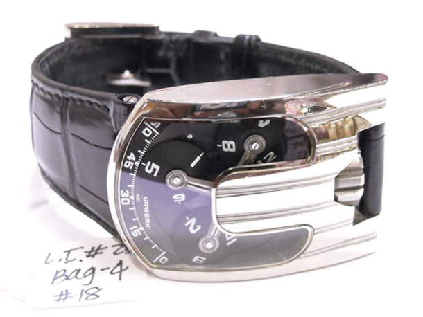 urwerk-ur103-white-gold