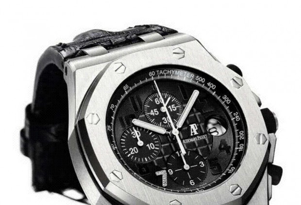 audemars-piguet-ginza-7-royal-oak-offshore-close