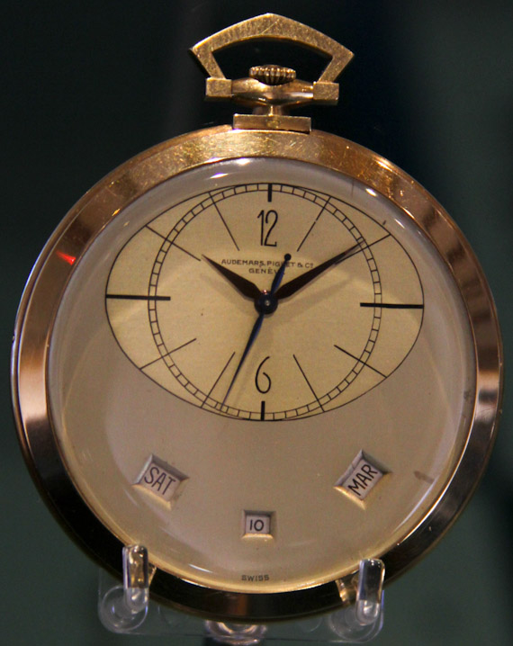 AP-Museum-watches-19
