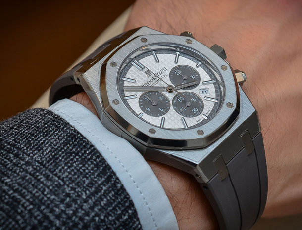 Audemars-Piguet-Royal-Oak-Chronograph-QEII-Cup-2015-Limited-Edition-2