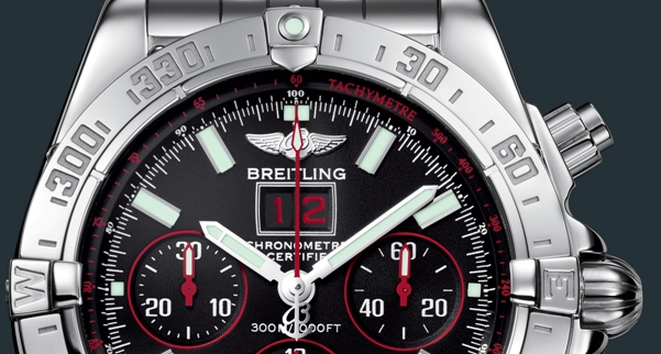 breitling-blackbird-red-strike-close