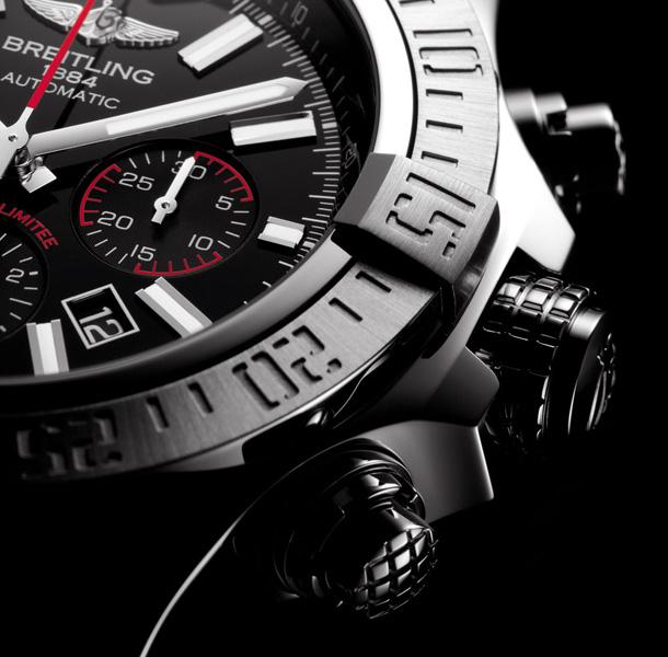 Breitling-Super-Avenger-01-Boutique-Edition-5