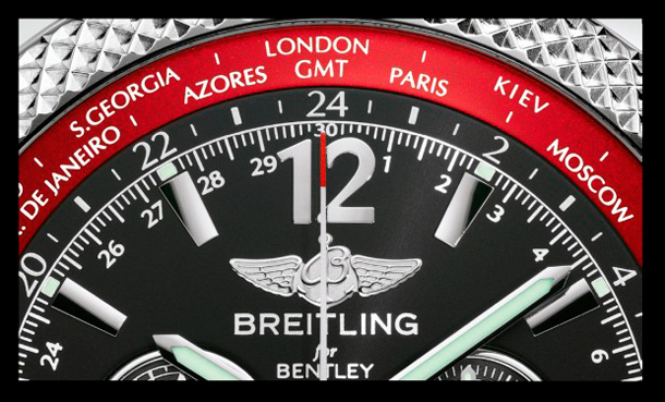 Breitling-Bentley-V8-gmt-2012-close