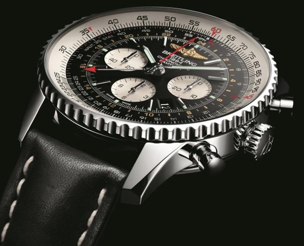 Breitling-Navitimer-GMT-case-detail