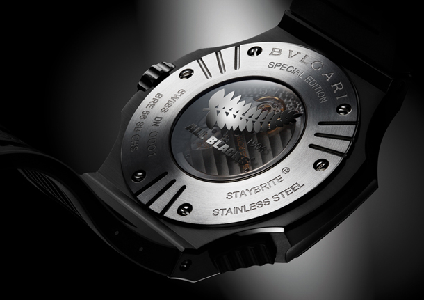 BVLGARI---Endurer-Chronosprint-All-Blacks-caseback