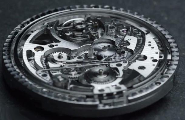 Cartier-Rontonde-de-Cartier-Grande-Complication-9406-MC-cal-assembly