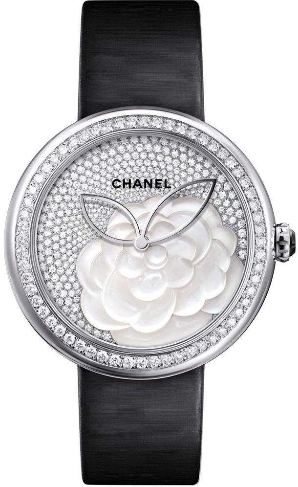 Chanel  Mademoiselle Prive Camelia