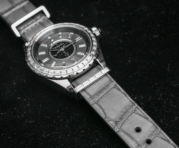 Chanel-J12-G10-Ladies-NATO-Strap-1