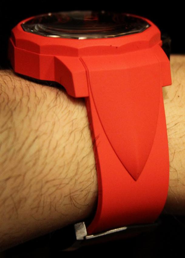 Corum-Admirals-Cup-Challenger-44-Chrono-Rubber-watch-1