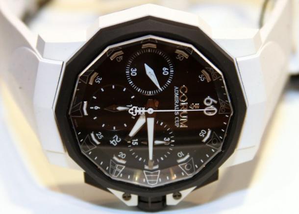 Corum-Admirals-Cup-Challenger-44-Chrono-Rubber-watch-6
