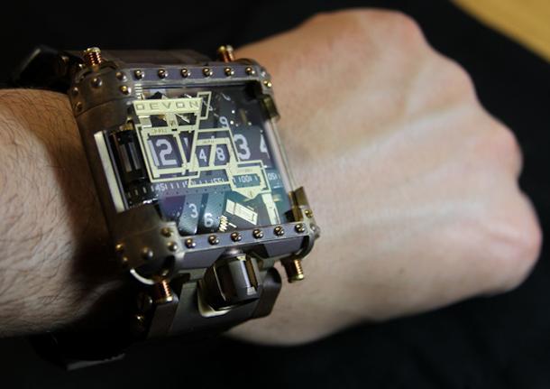 Devon-Tread-1-Steampunk-watch-11
