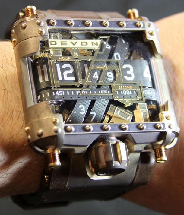 Devon-Tread-1-Steampunk-watch-16