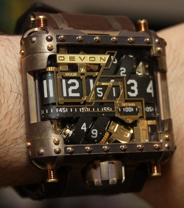 Devon-Tread-1-Steampunk-watch-17