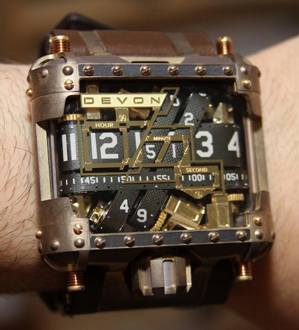 Devon-Tread-1-Steampunk-watch-19