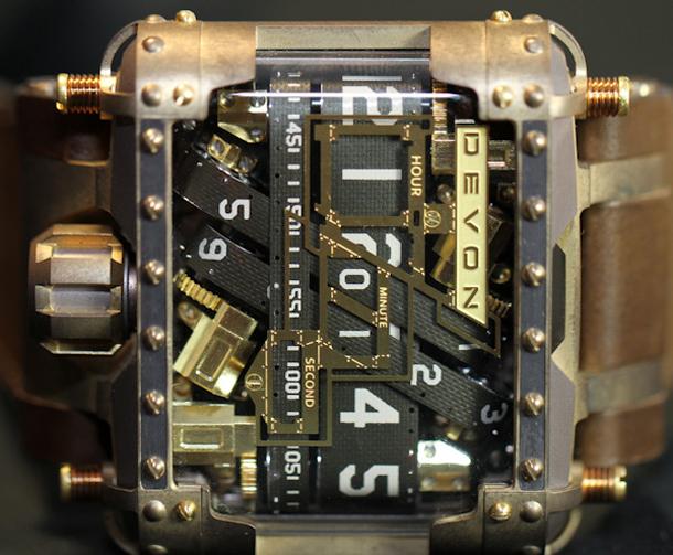Devon-Tread-1-Steampunk-watch-24