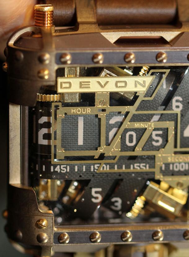 Devon-Tread-1-Steampunk-watch-30