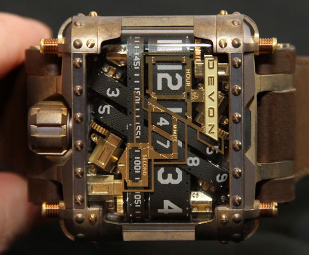 Devon-Tread-1-Steampunk-watch-6
