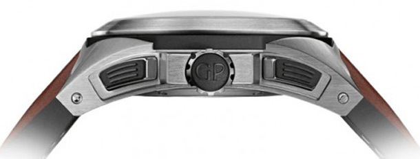 Girard-Perregaux-Chrono-Hawk-Case-Sideview