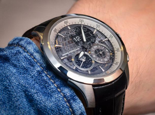 Girard-Perregaux-Traveller-Large-Date-Moonphase-GMT-sapphire-dial-1