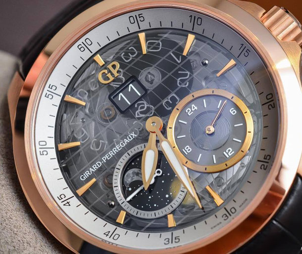 Girard-Perregaux-Traveller-Large-Date-Moonphase-GMT-sapphire-dial-4