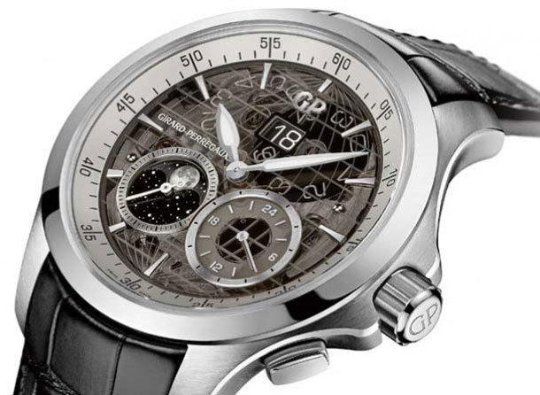 Girard-Perregaux-Traveller-Large-Date-Moonphase-GMT-sapphire-dial-7