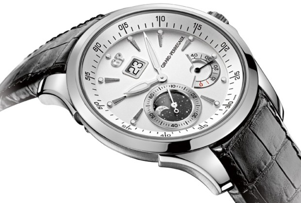 Girard-Perregaux-Traveller-Moon-Phases-Angle