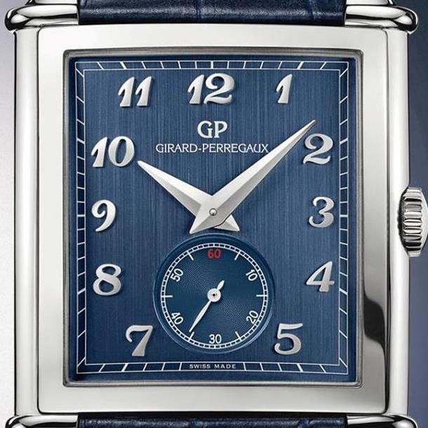 Girard-Perregaux-Vintage-1945-Blue-dial-detail