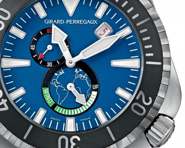 Girad-Perregaux-Seahawk-Big-Blue-Dive-Watch-close