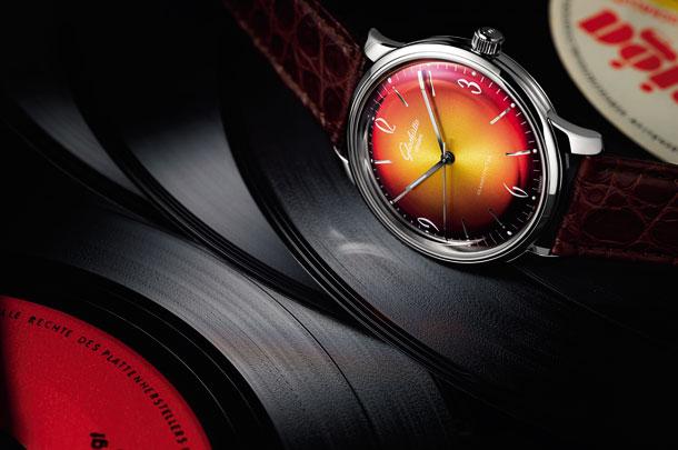1-39-52-07-02-01_Sixties_Red_PR-1