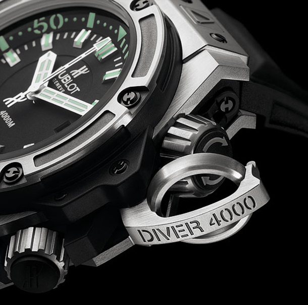 HUBLOT_Oceanographic_4000m_diver_crown