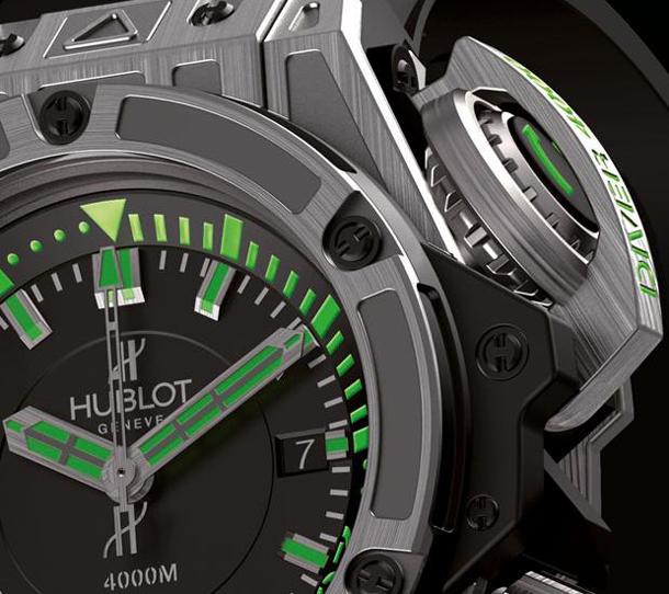 hublot-diver-4000m-crown-lock