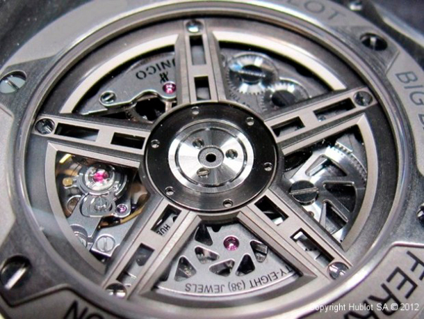 hublot-big-bang-ferrari-movement