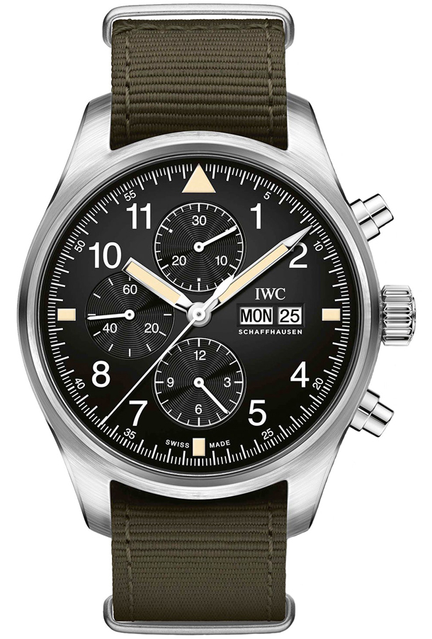 IWC-Pilots-Watch-Chronograph-IW377724-vs-IW377709-1