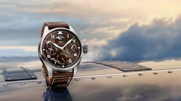 iwc_big_pilots_watch_perpetual_calendar_edition_antoine_de_saint_exupery_iw503801_cover_0