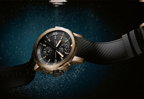 IWC-Aquatimer-Chronograph-Expedition-Charles-Darwin-submerged