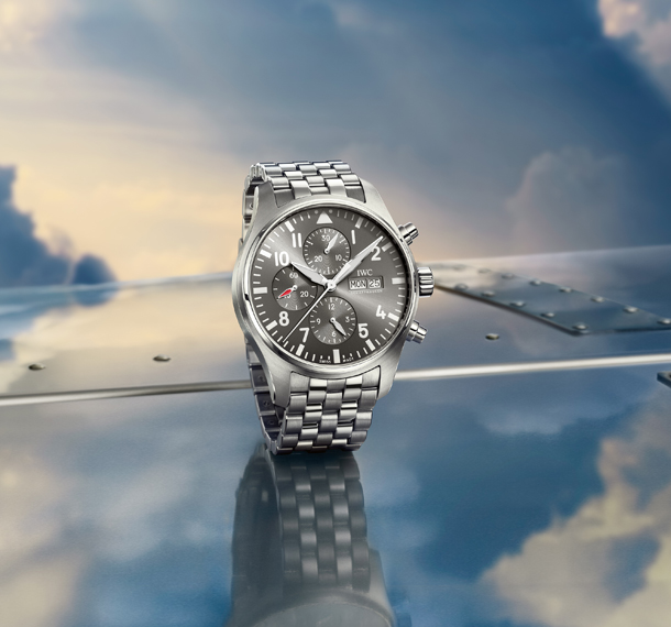 IWC_IW377719_PT_Chronograph_Spitfire_Mood