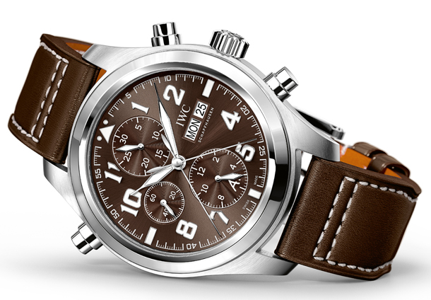 IWC_IW371808_PT_Double_Chronograph_Ed_StEx_Lifestyle