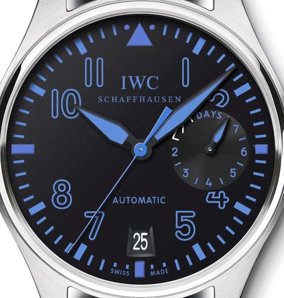 IWC-big-pilot-blue-dial-USA-boutique-close