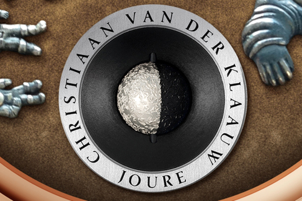 CHRISTIAAN-VAN-DER-KLAAUW-real-moon-joure-rush-hour-at-the-moon-3