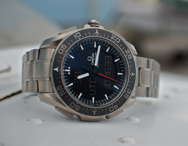 Omega-Speedmaster-X-33-Skywalker-6