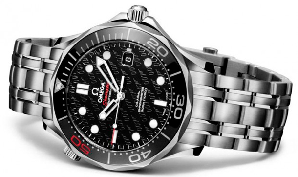 omega-speedmaster-james-bond-50th-side