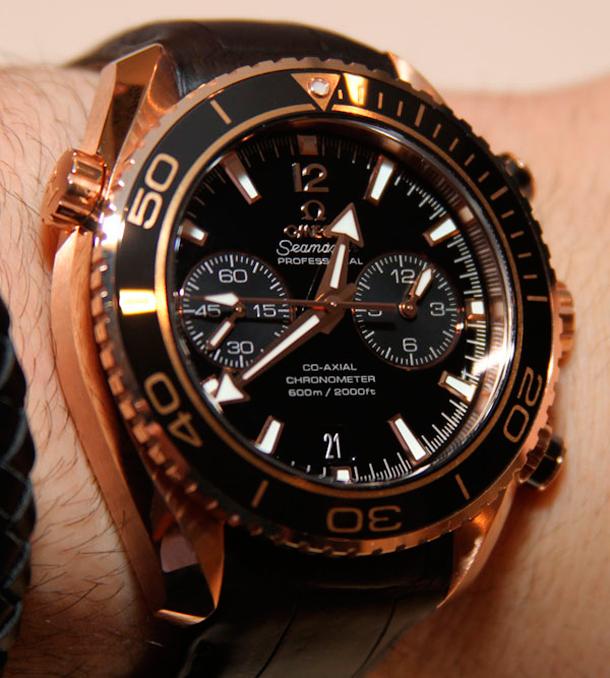 Omega-Seamaster-Planet-Ocean-Cera-Gold